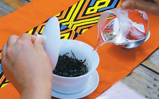 海南各市县合力打造海南茶品牌 定安南海茶备受关注